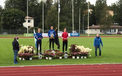 Miro Tanniselle 10-ottelun SM-hopeaa piirinennätyspistein!